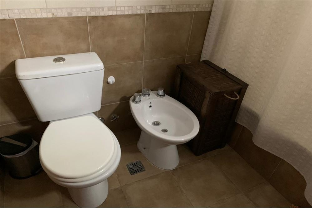 venta oficina 2 ambientes baño toilette balcón