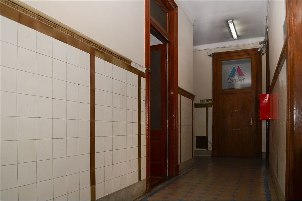 venta oficina 25 m2 b° san nicolas (microcentro).
