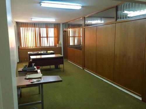 venta oficina 3 amb piso alto luminosa - seguridad 24 hs