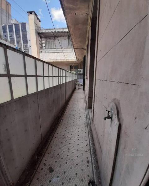 venta oficina céntrica de 282 m2 en un edificio de estilo.
