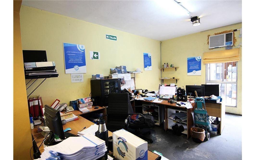 venta oficina /deposito/ propiedad a reciclar en munro