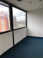 venta oficina en colinas de bello monte eq140 19-2273