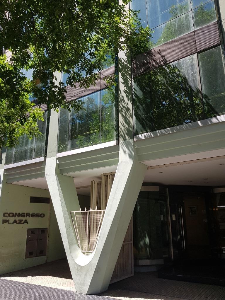 venta oficina en congreso 4 ambientes con cochera con renta