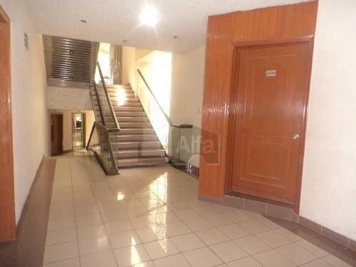 venta oficina en corporativo columbus querétaro centro 82 m2 y 1 estacionamiento,  zona de alameda