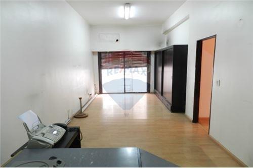 venta oficina en palermo 2 ambientes con auditorio