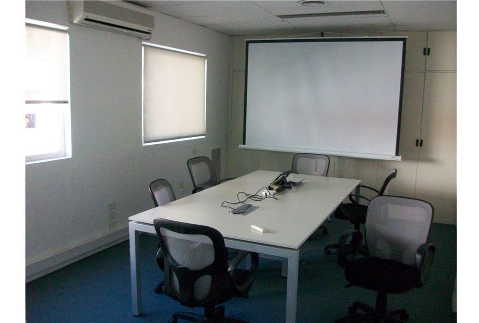 venta oficina maipu 500 con imp. renta op inv