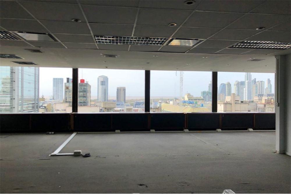 venta oficina, microcentro. vista al río