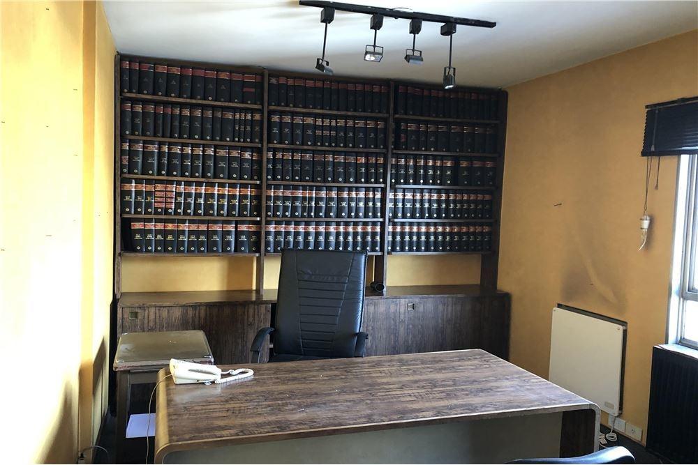 venta oficina tribunales con dos cocheras