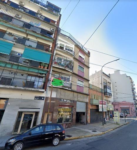 venta  oportunidad av warnes 615 villa crespo - totalm a refaccionar y reciclar