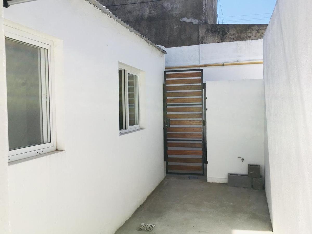 venta ph 1 ambiente reciclado con patio