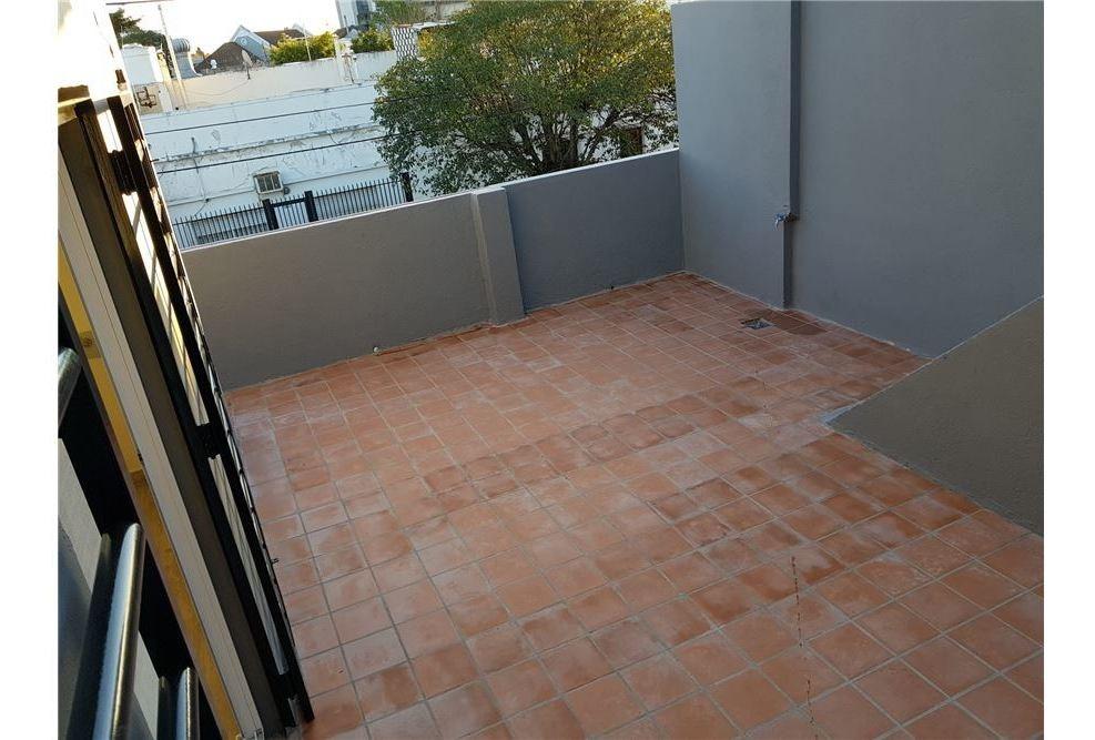 venta ph 2 amb - con patio, nuevo saenz peña