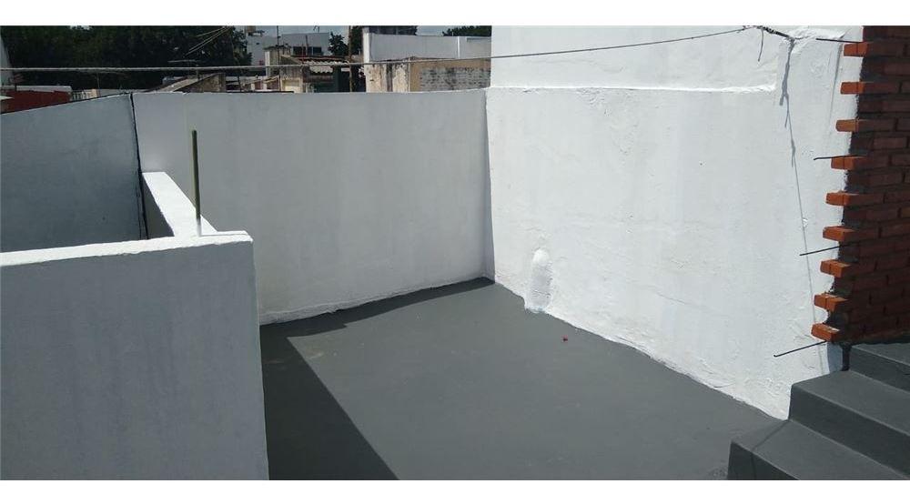 venta ph 2 amb y 1/2 urquiza con patio y terraza!
