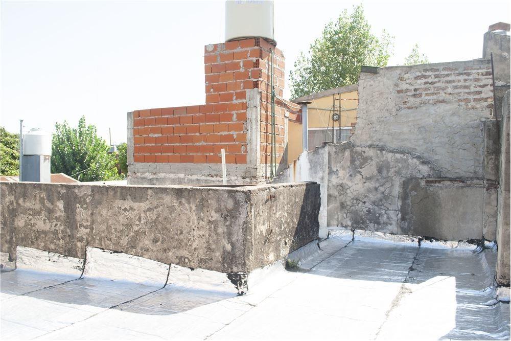 venta ph 2 ambientes c/ patio gerli oportunidad!!