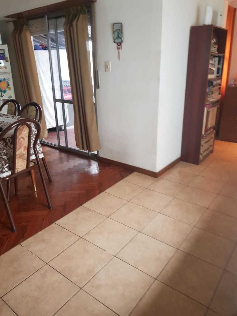 venta ph 2 ambientes con patio y terraza - villa luro