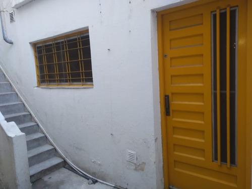 venta ph 2 ambientes en sarandí con terraza y quincho