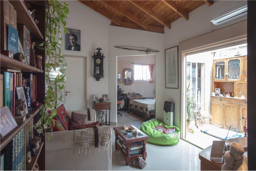 venta ph 2 ambientes villa urquiza sin expensas