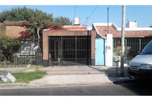 venta - ph 2amb c/patio y tza s/exp - caseros