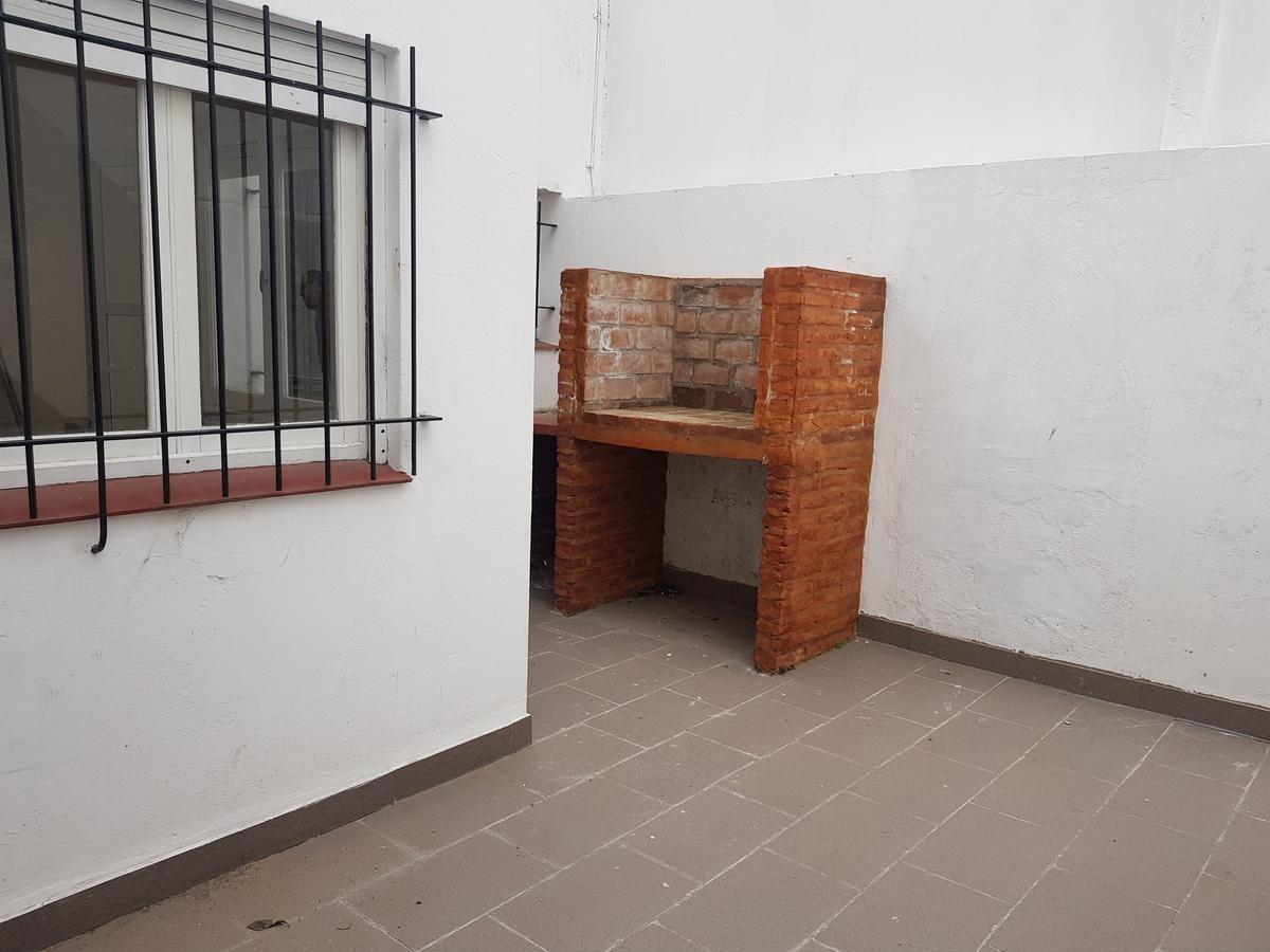 venta ph - 3 amb. alberti - tucuman - c/terraza propia