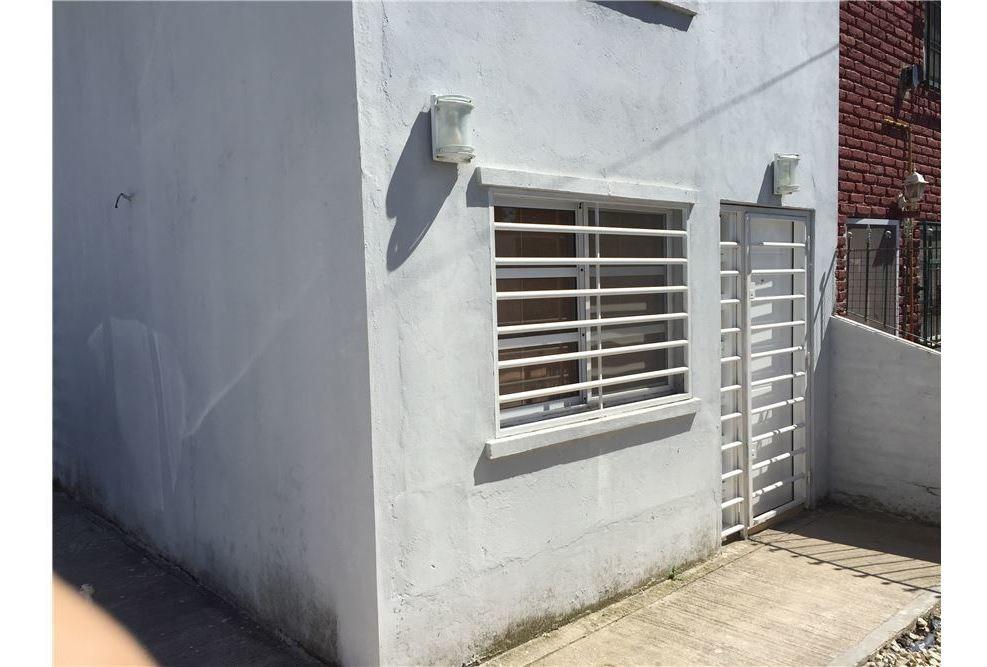 venta ph 3 amb  mar del plata reciclado y patio