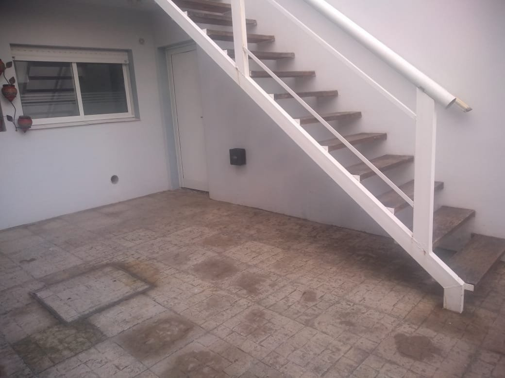venta ph 3 amb - planta baja - reciclado - cochera y patio