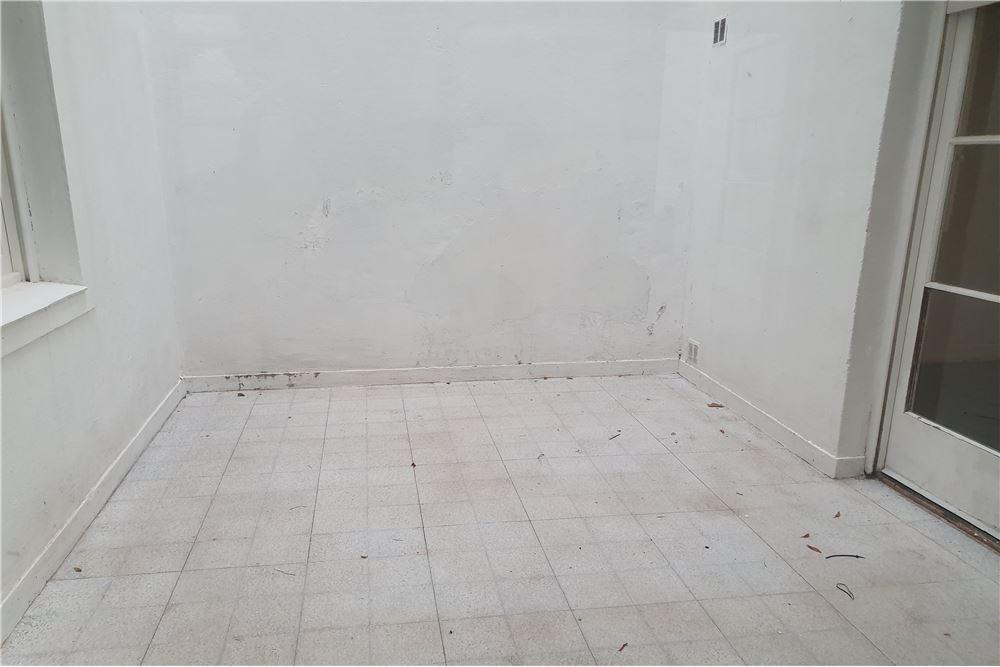 venta ph 3 amb reciclado planta baja con 2 patios