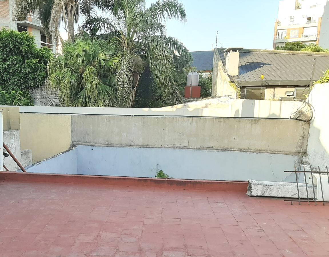 venta  ph 3 amb sin exp con patio y terraza en monte castro