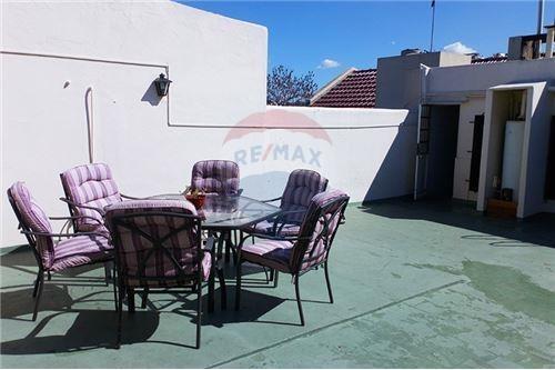 venta ph 3 amb + terraza sin expensas, flores
