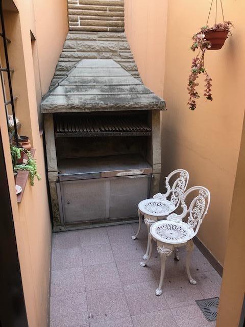 venta ph  3 ambientes al frente con terraza en liniers.