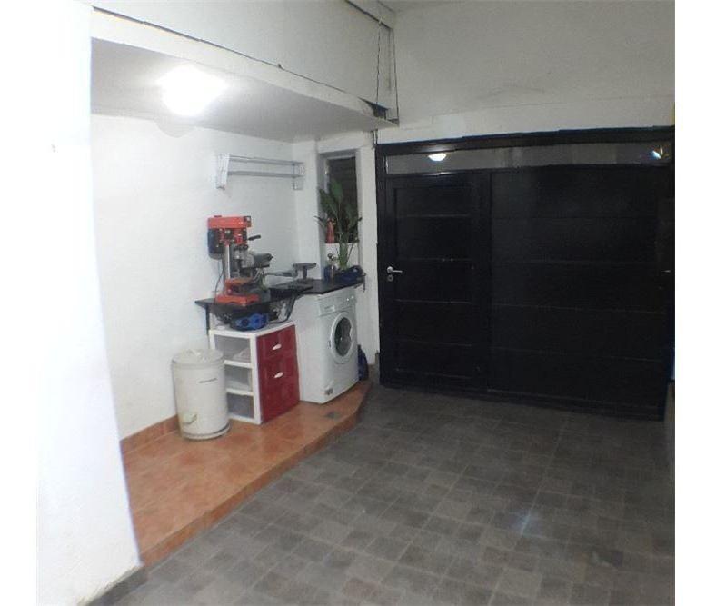 venta p.h. 3 ambientes cochera avellaneda