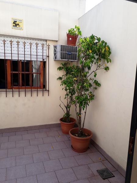 venta ph 3 ambientes con 2 patios - mataderos