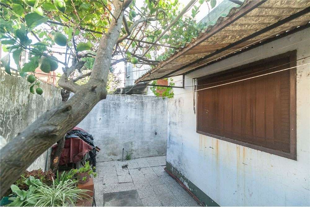 venta ph 3 ambientes con patio, lavadero martínez permuta