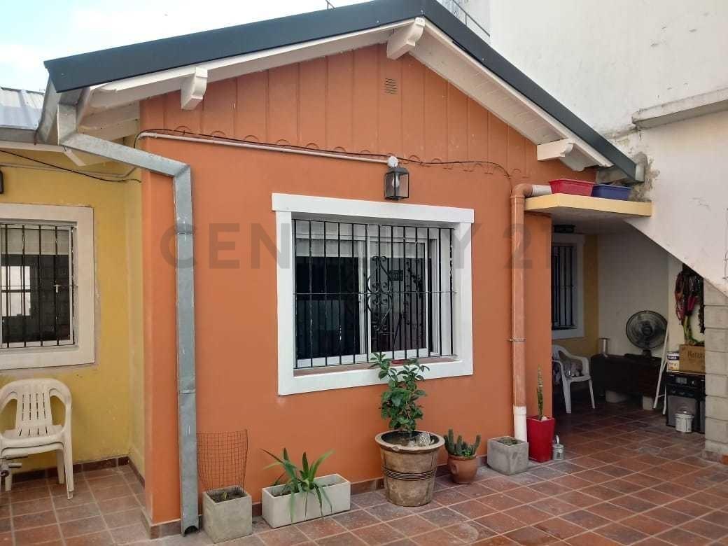 venta ph 3 ambientes con patio, martin coronado.