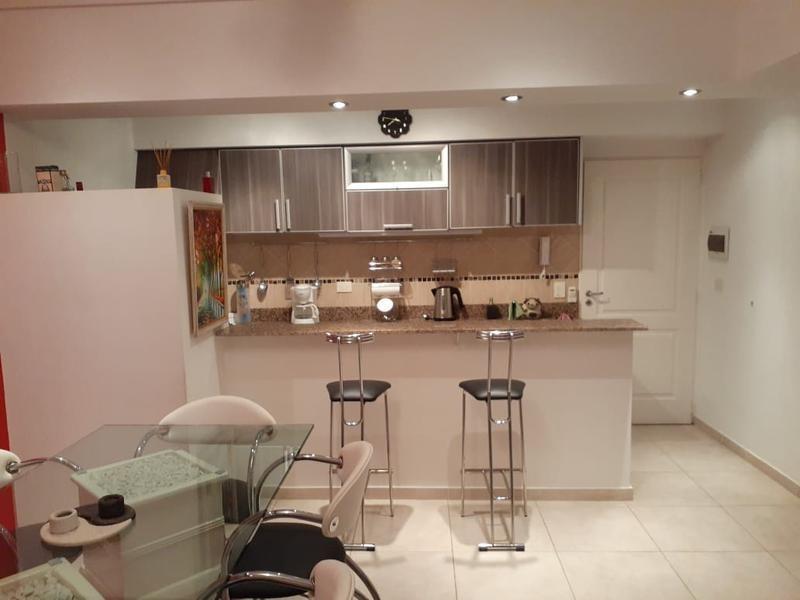 venta ph 3 ambientes con terraza propia- liniers