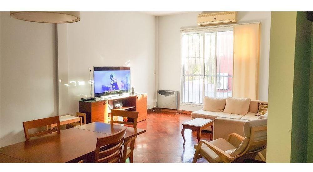 venta ph 3 ambientes excelente ubicación terraza