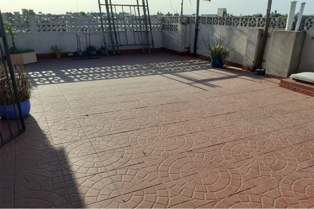 venta ph 3amb ciudadela con balcon!!!! reciclado