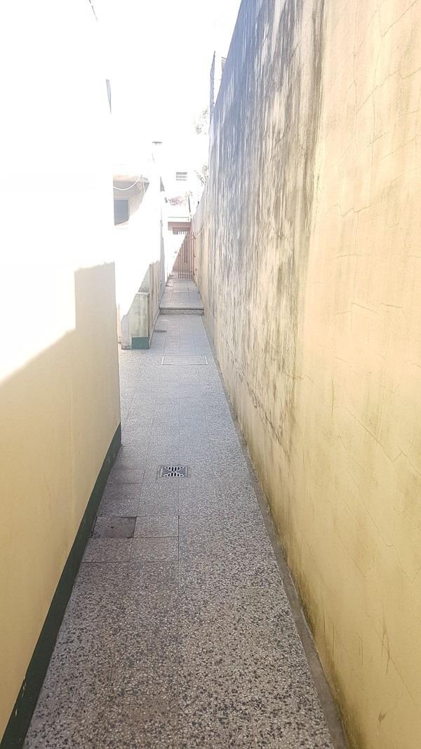 venta. ph 4 amb. entrada por pasillo. villa madero.