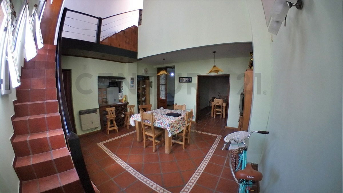 venta ph 4 ambientes con entrada individual y terraza