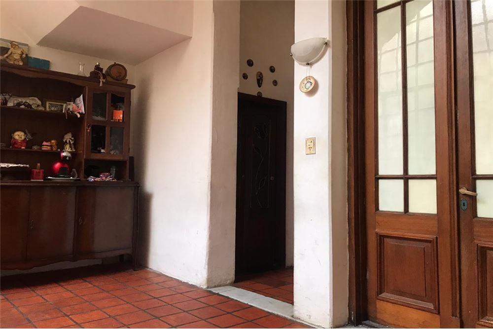 venta  ph  4 ambientes con local  en villa urquiza