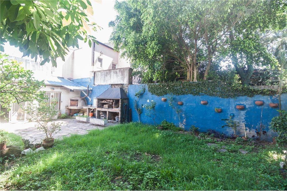 venta ph 4 ambientes con parque y terraza
