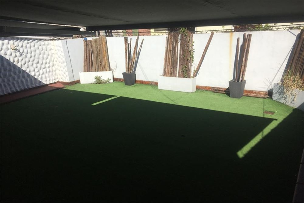 venta ph 5 ambientes  con terraza en sarandi