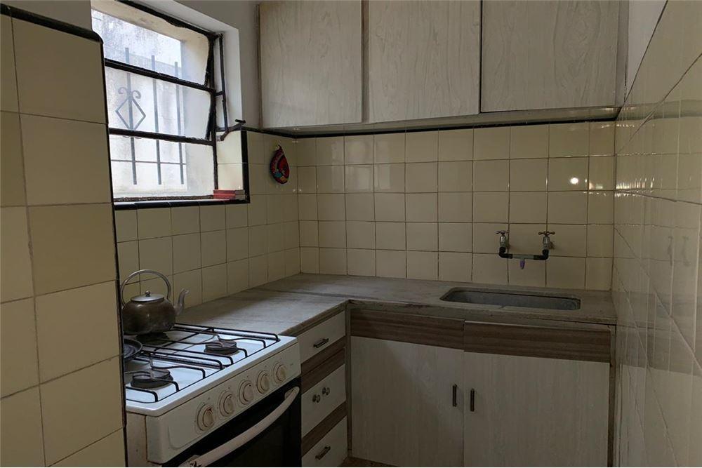 venta ph 5 ambientes en  barrio san juan