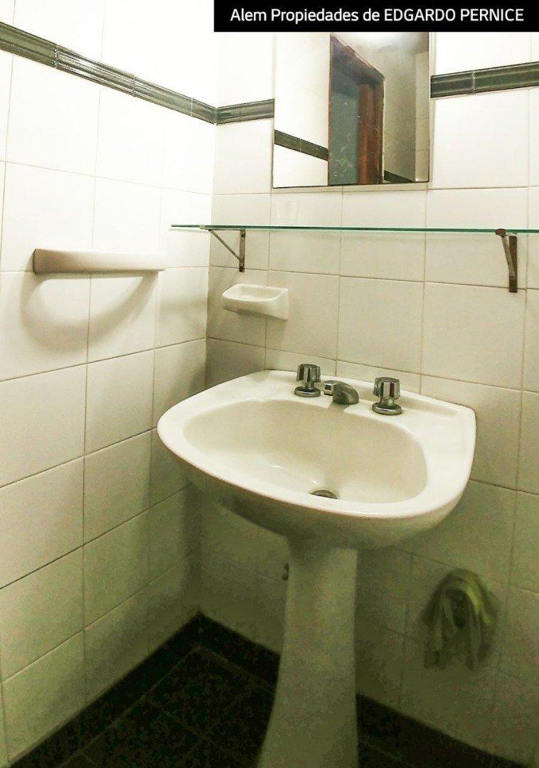 venta ph al fondo- 3 dormitorios- 2 baños- cocina comoda-