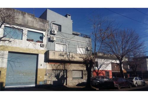 venta ph al frente c/balcón y terraza 130m2 nuevo