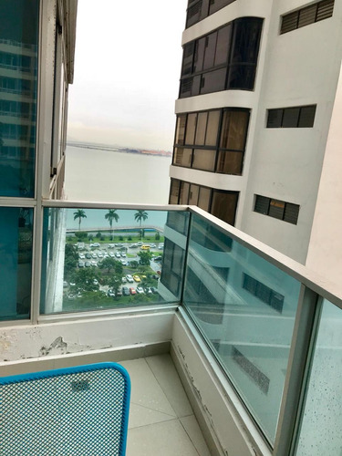 venta ph bayfront tower / full amoblado / ave balboa
