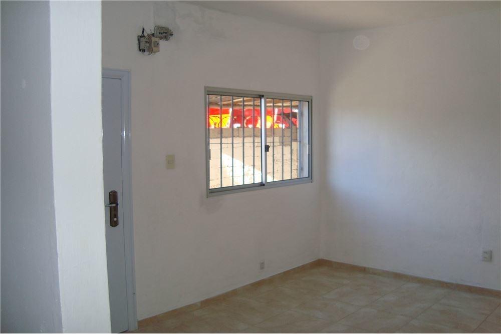 venta ph de 1 dormitorio con 155m2 de fondo.