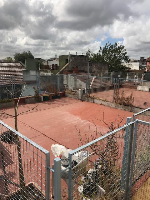 venta ph de dos ambientes con terraza propia en liniers