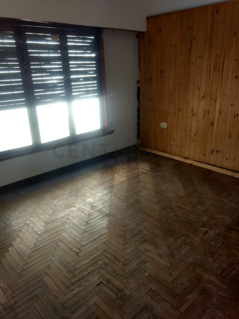 venta ph tipo casa 3 ambientes lanús oeste centro, posible financiación!!
