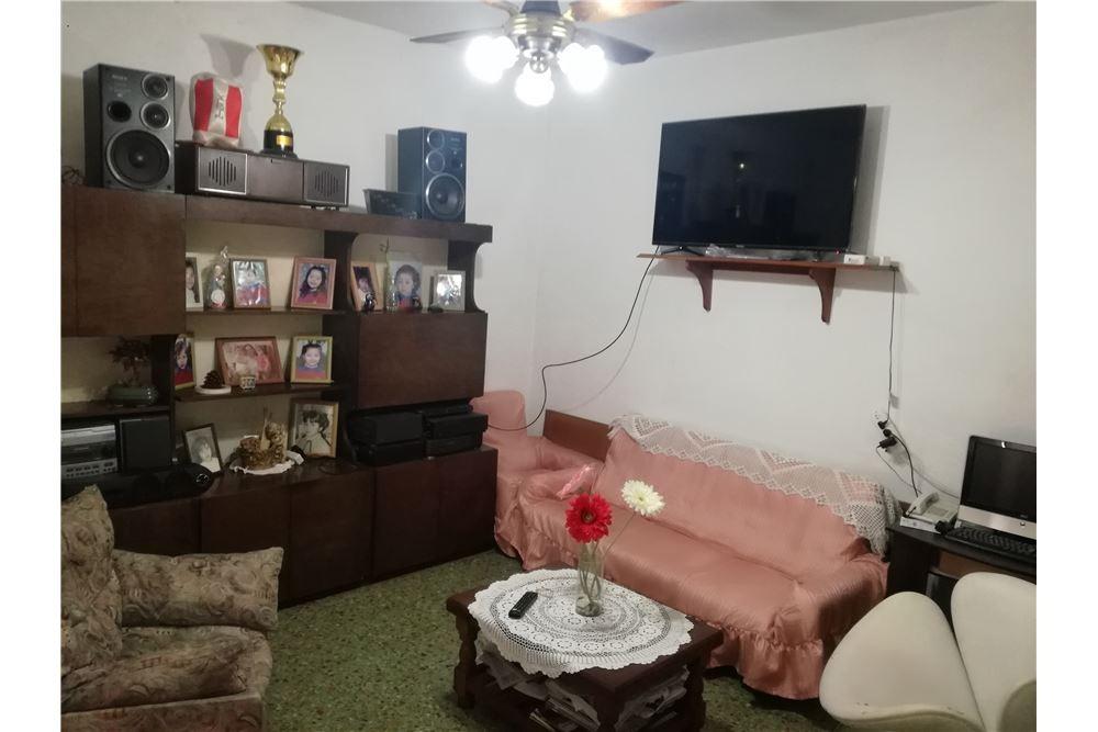 venta ph tipo casa 3 ambientes, villa adelina