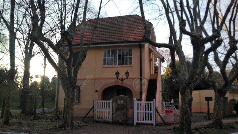venta ph tipo casa con jardin y cochera quilmes