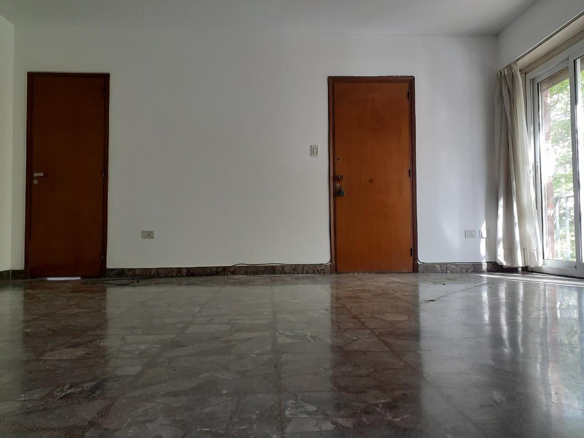 venta. piso 3 dormitorios. cochera cubierta. muy luminoso
